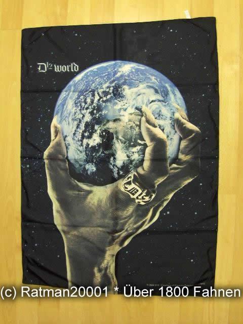 D 12 WORLD POS 633 - 75 x 107 cm