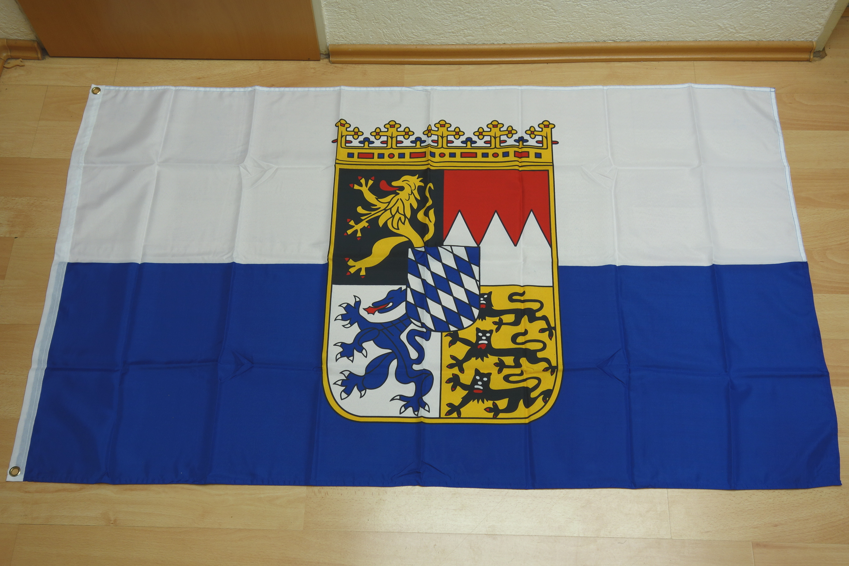 Bayern Landesdienstflagge - 90 x 150 cm
