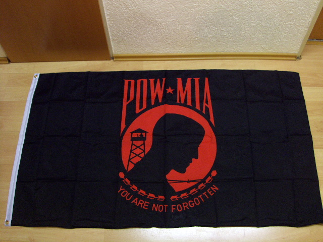 Pow Mia You Are not Forgotten Rot - 90 x 150  cm